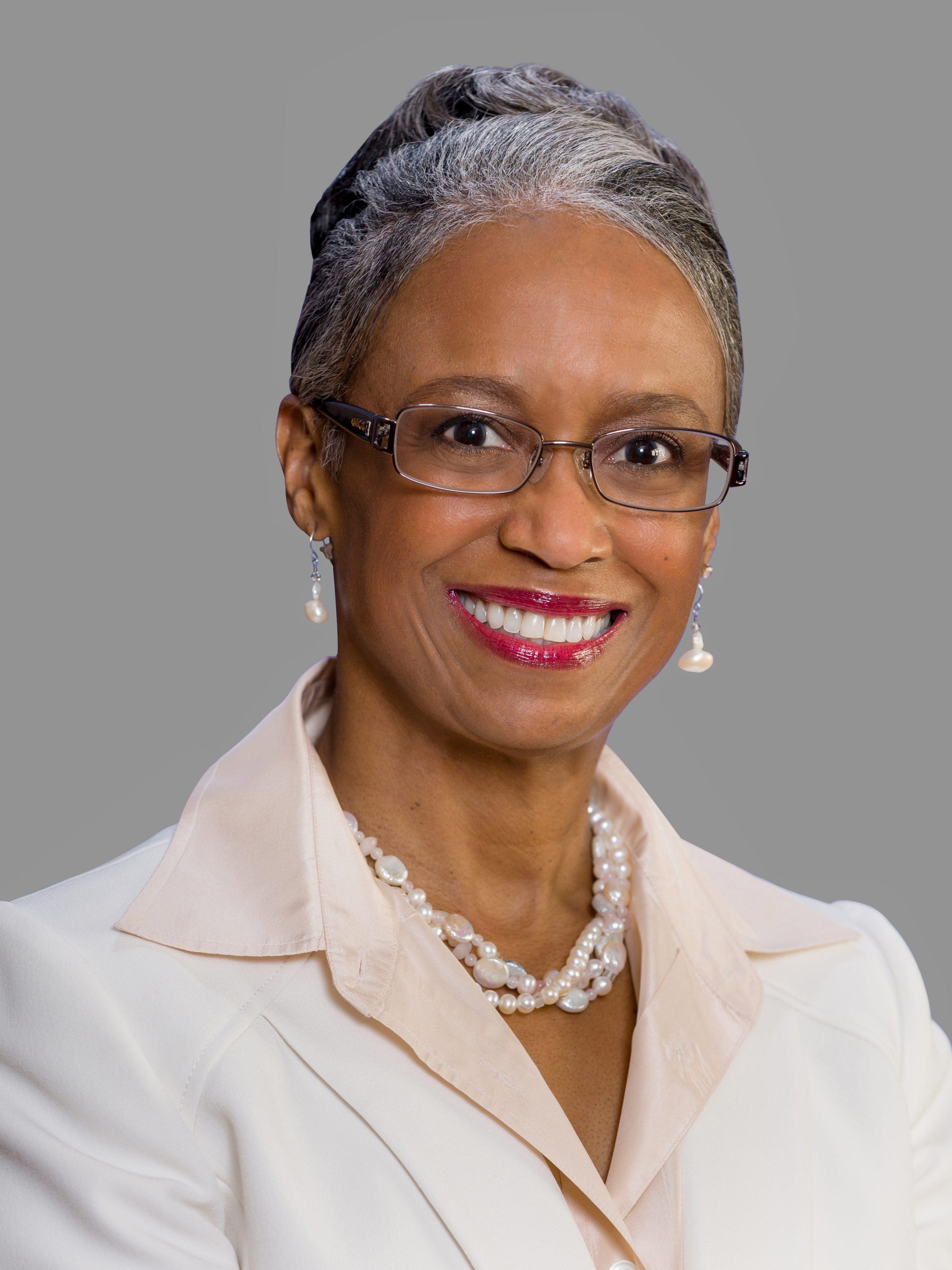 Dr Janalyn Glymph